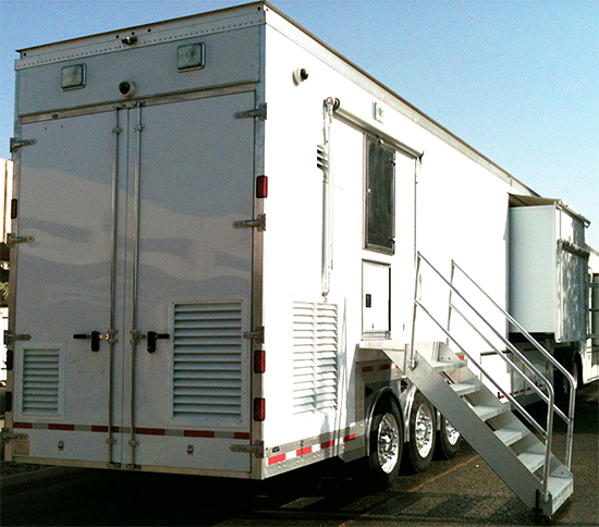 Germfree Trailer lab exterior